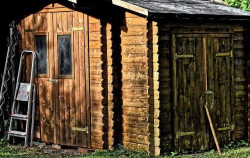 La toiture pour abri de jardin bois est essentielle