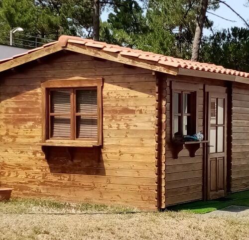 Apprendre comment construire un abri de jardin bois en suivant le guide